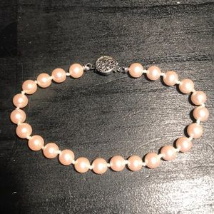 Light pink with silvertone faux pearl bracelet
